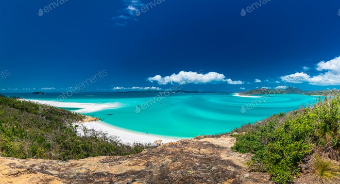 Panoramic view of the amazing Whitehaven Beach in the Whitsunday