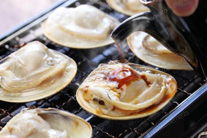 grilled clams, yaki hamaguri, japanese food