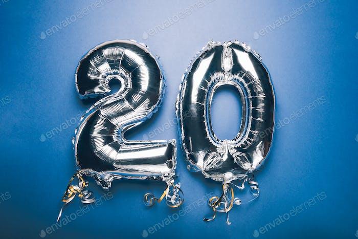 Silberner Zahlenballon 20