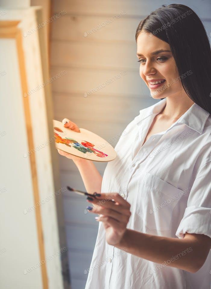 Attractive female artist