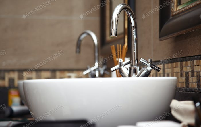 Chrome Sink with Taps