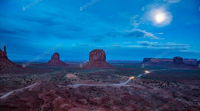 Monument Valley Tribal Park an der Grenze zu Arizona-Utah, USA