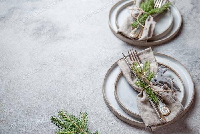 Weihnachten Tafelbesteck Set mit Weihnachtsdeko Draufsicht, Kopierraum.