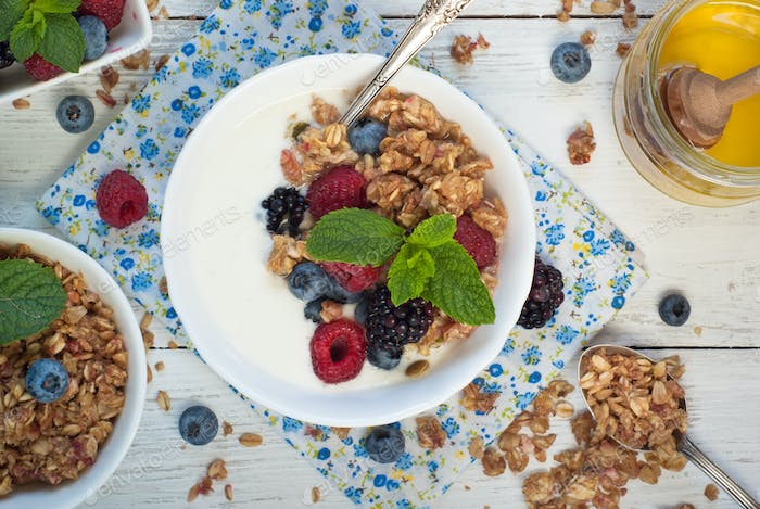 Yogurt with Granola and fresh berries