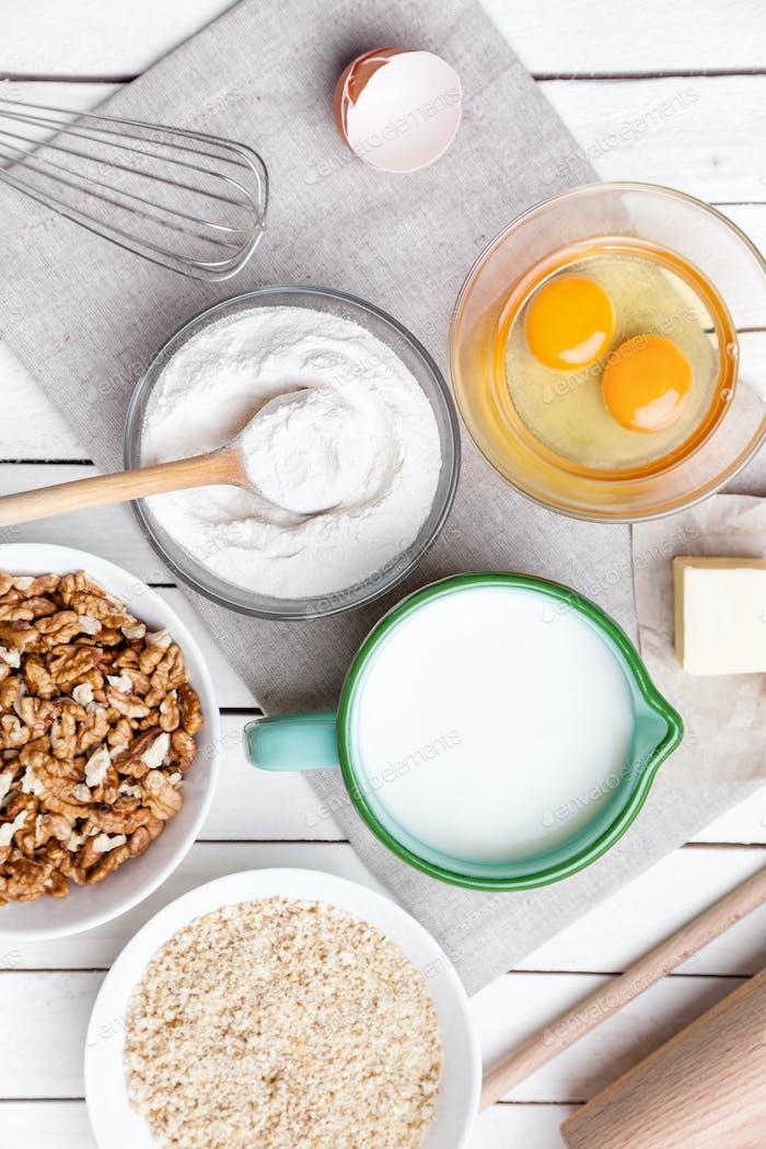 Back- und Kochkonzept, Vielfalt an Zutaten und Utensilien