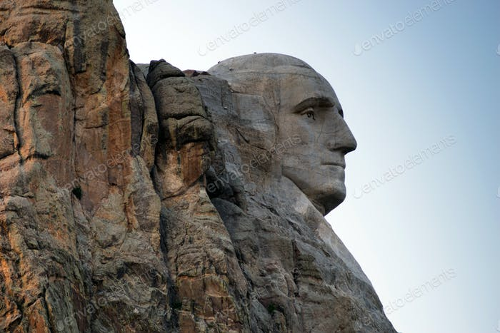 George Washington Profil Granite Rock Mount Rushmore South Dakota