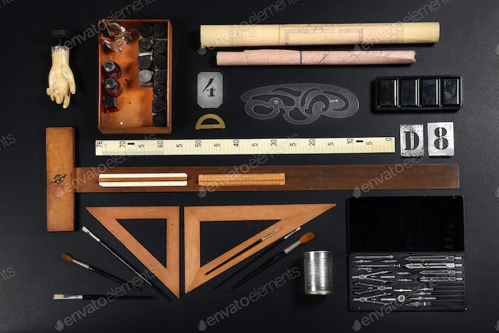 Set of drawing or draughtsman tools