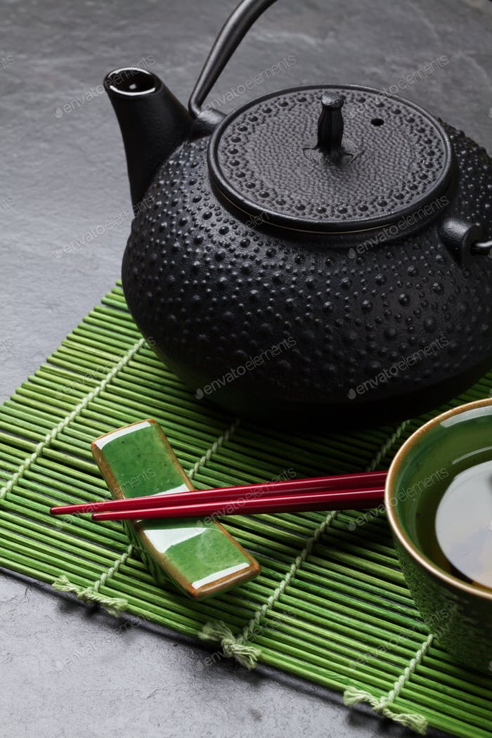Asiatischer Tee