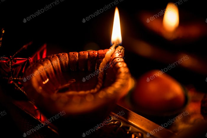 Diwali Diya with Gifts