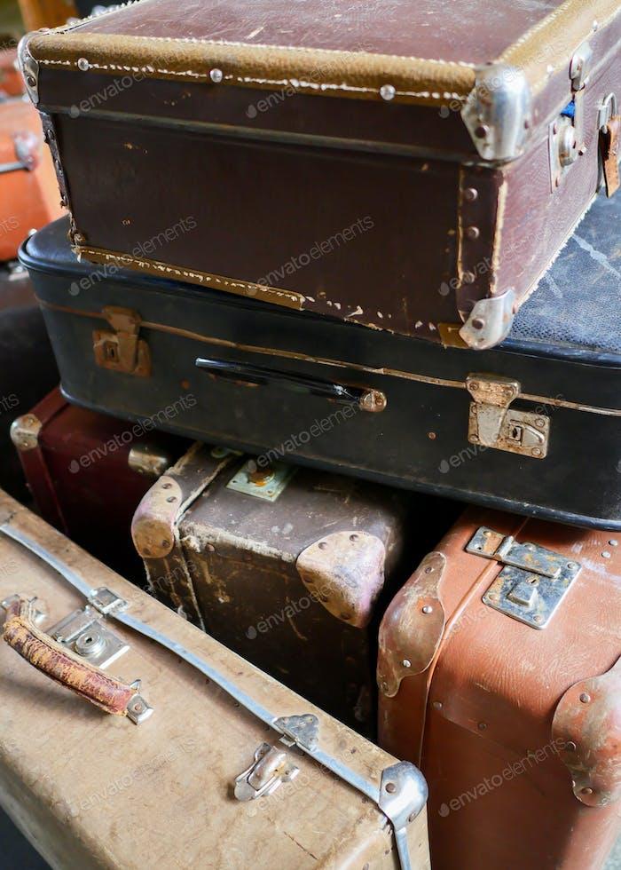 many old vintage cases