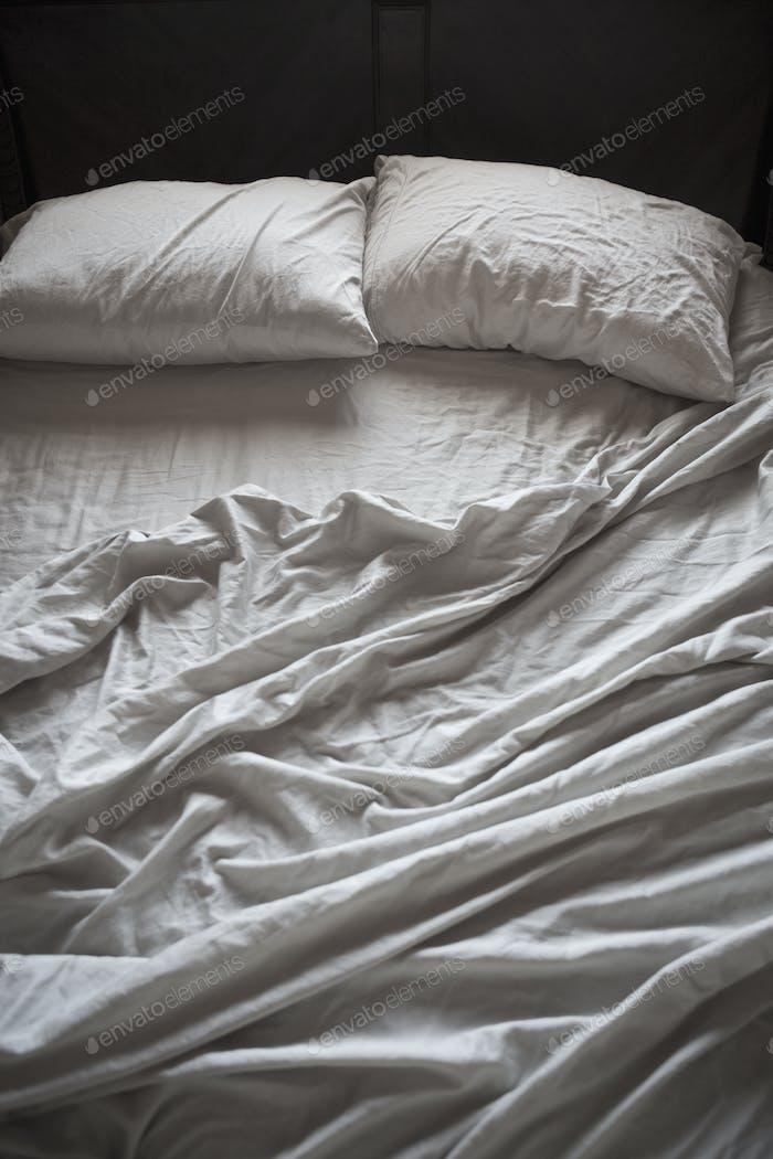 Пустая кровать