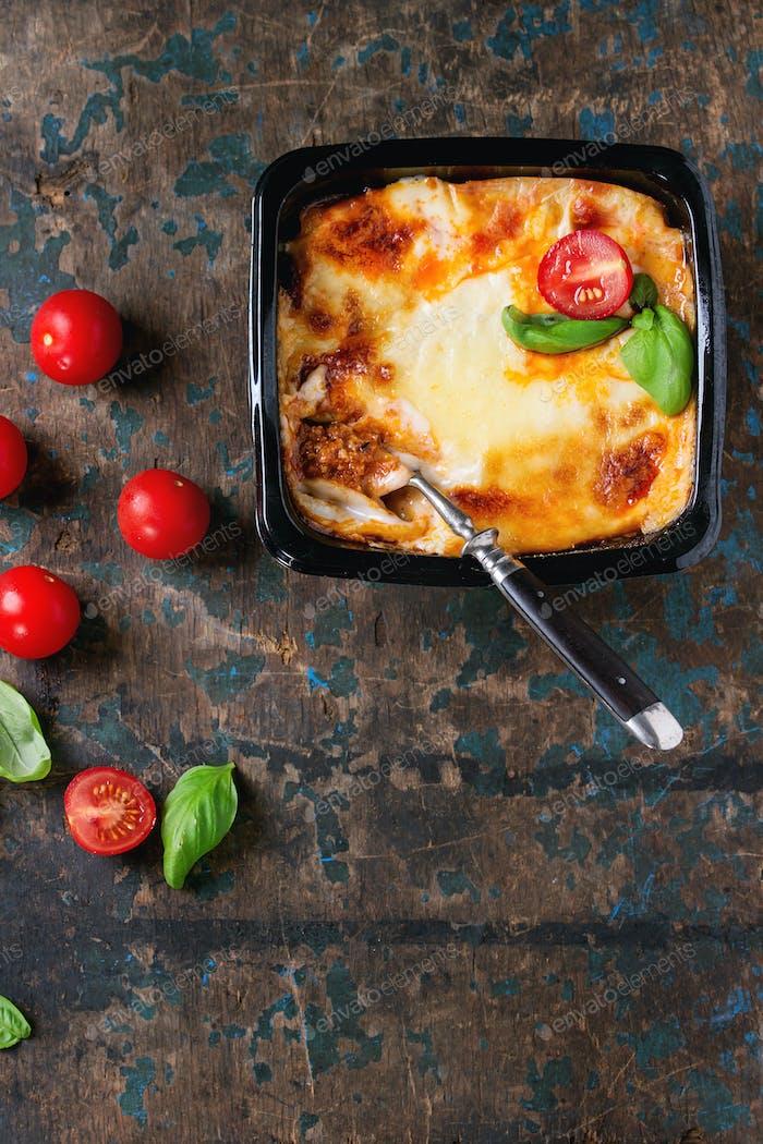 Lasagne in Kunststoffbox
