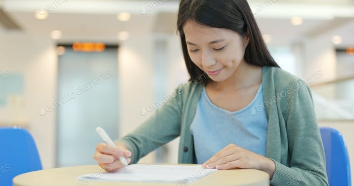 Student study for her test