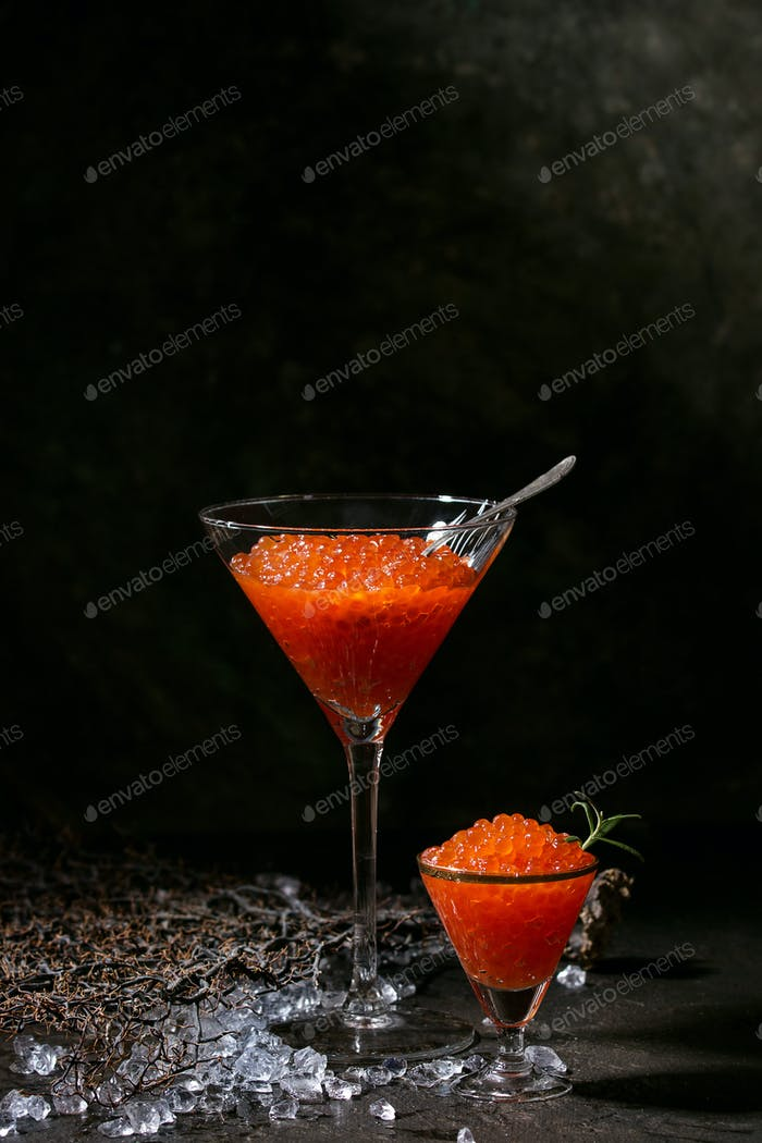 Glas rotem Kaviar