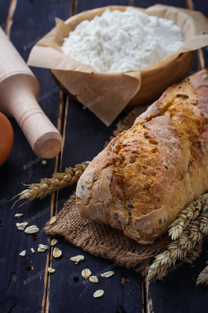 Bread, spikelet and baking ingredients