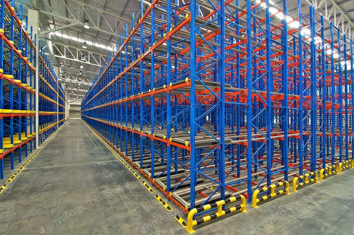 Distribution center warehouse storage pallet racking system