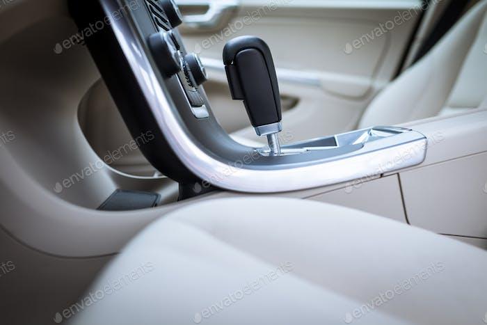 Moderner Autoinnenraum