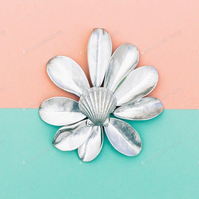 shells and tropical plants. Ocean vibes Minimal design