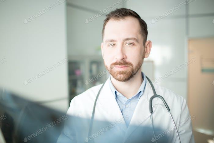 Modern radiologist