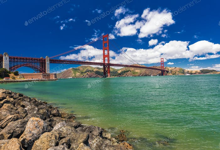 Panoramaaufnahme der Golden Gate Bridge in San Francisco, Kalifornien