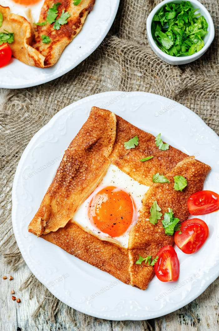 Buckwheat crepes with cheese and egg