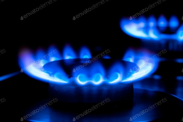 zwei blaue Flammen