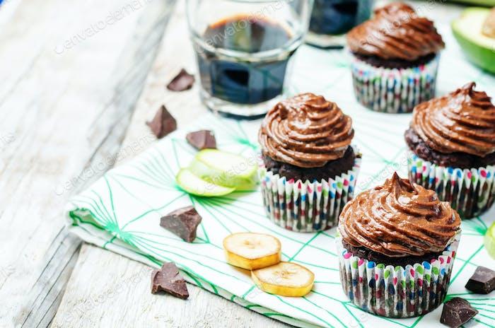 Chocolate zucchini banana cupcakes
