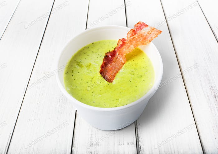Green spring pea soup with bacon