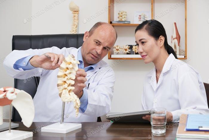 Explaining spine problem