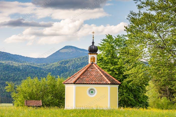 Kapelle in den bayrischen Alpen