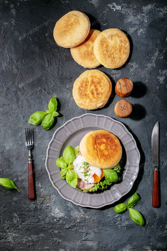 Cooked egg benedict