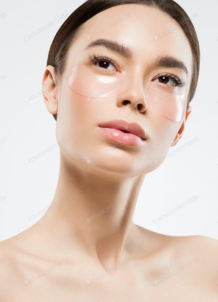 Augen Maske Putch kosmetische saubere Frau Gesicht Schönheit Putches isoliert