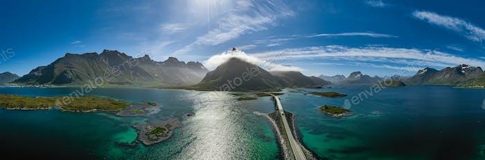 Lofoten ist ein Archipel in der norwegischen Grafschaft Nordland.