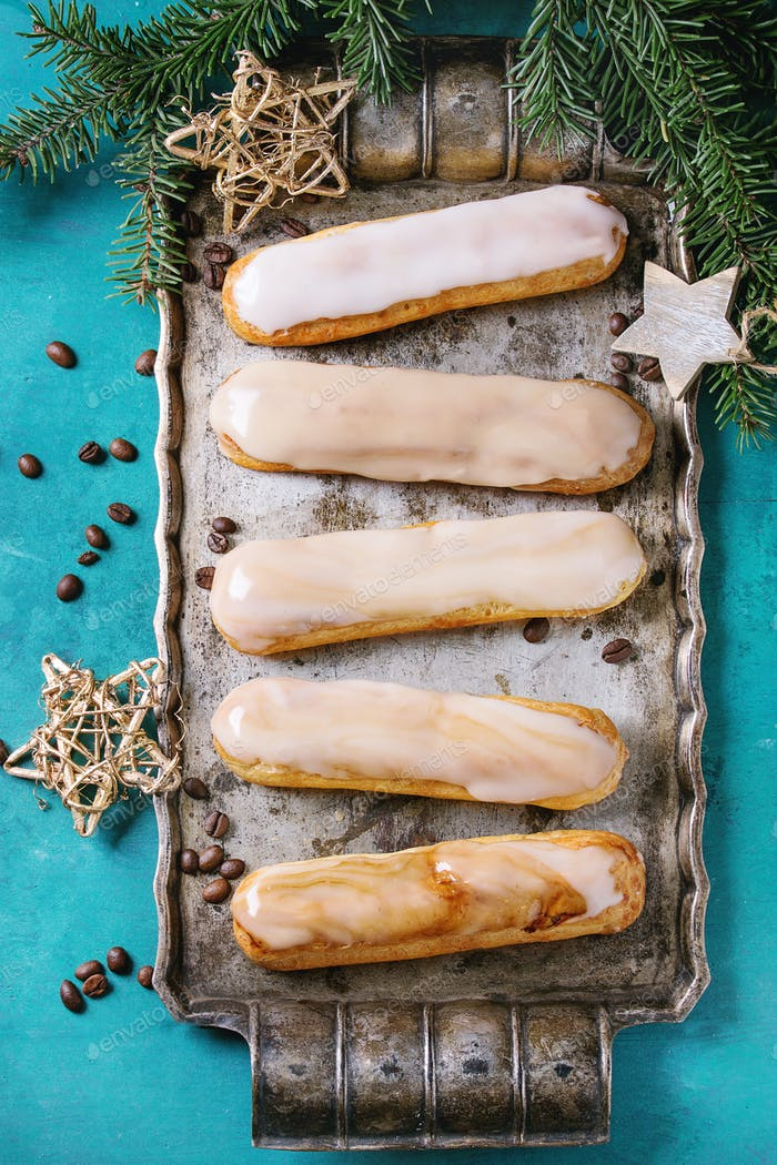 Coffee eclairs with Christmas decor