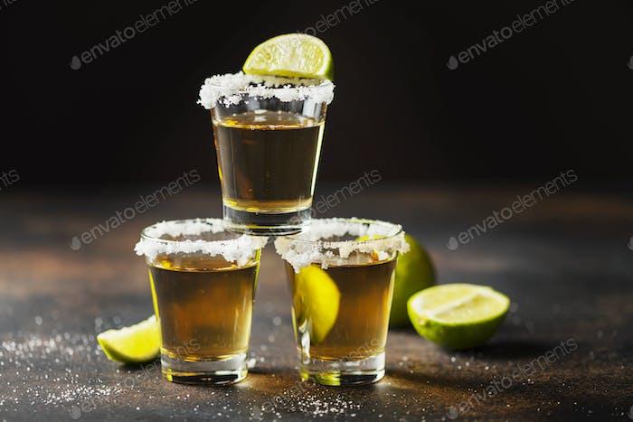 Tequila Schüsse