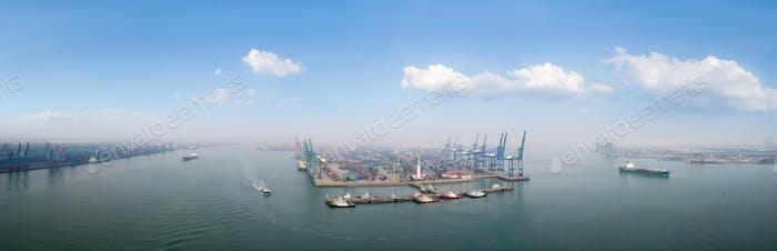Tianjin Hafen Panorama
