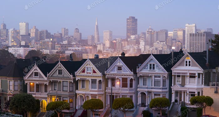 San Francisco Downtown Behind Neighborhood Homes Painted Ladies