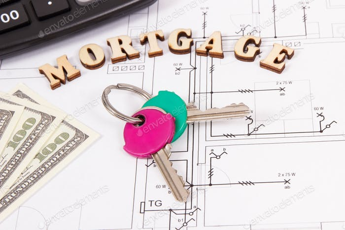 Inschrift Hypothek, Schlüssel, Geld und Taschenrechner auf Wohnplan