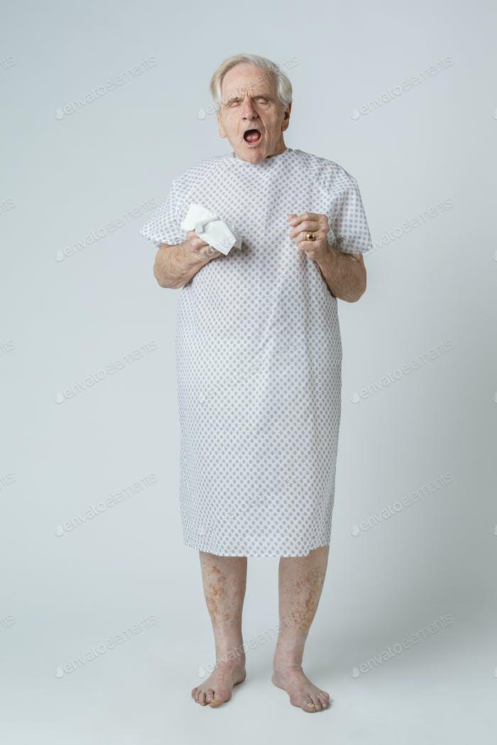 Senior patient with coronavirus symptoms