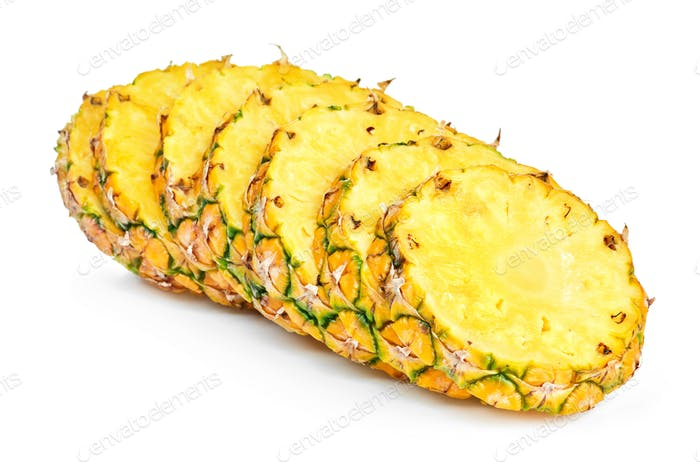 ripe pineapple slices