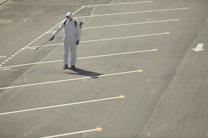 Desinfestion auf dem Parkplatz