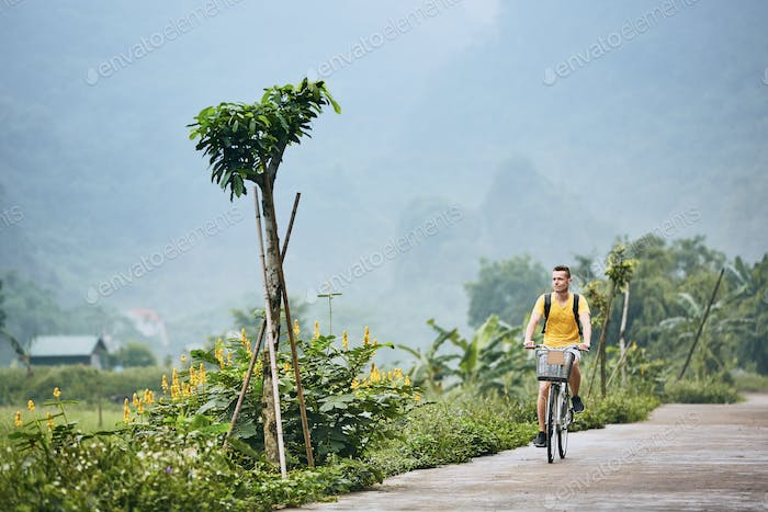 Trip by bike in Vietnam