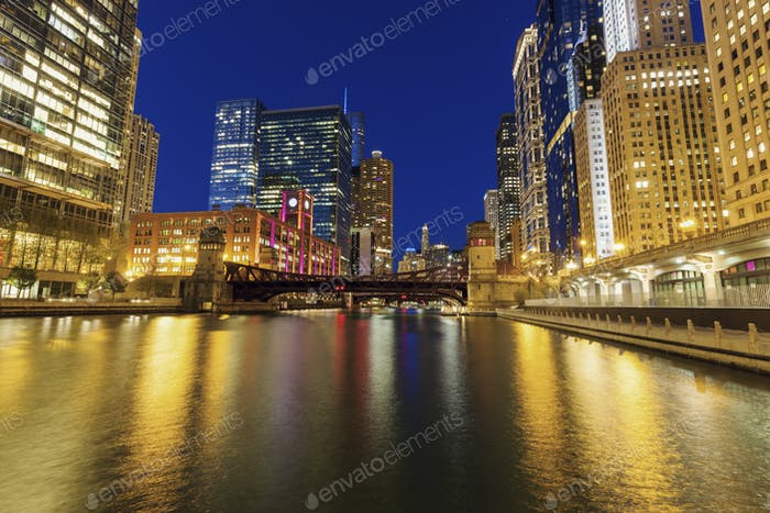 Colorful architecture of Chicago at night