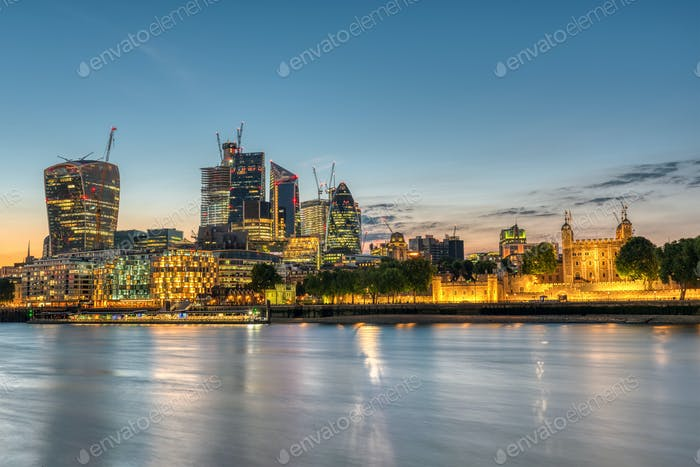The skyscrapers of the City and the Tower of London