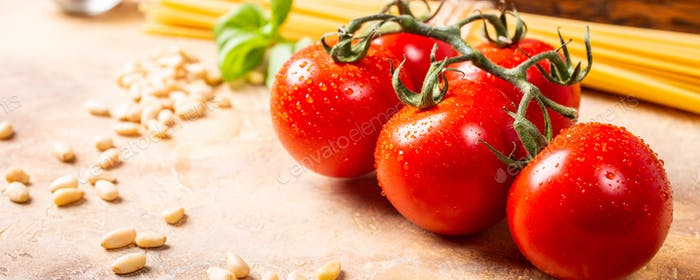 Fresh tomatoes for homemade classic italian pasta sauce