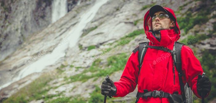Wanderer auf dem Scenic Alpine Trailhead