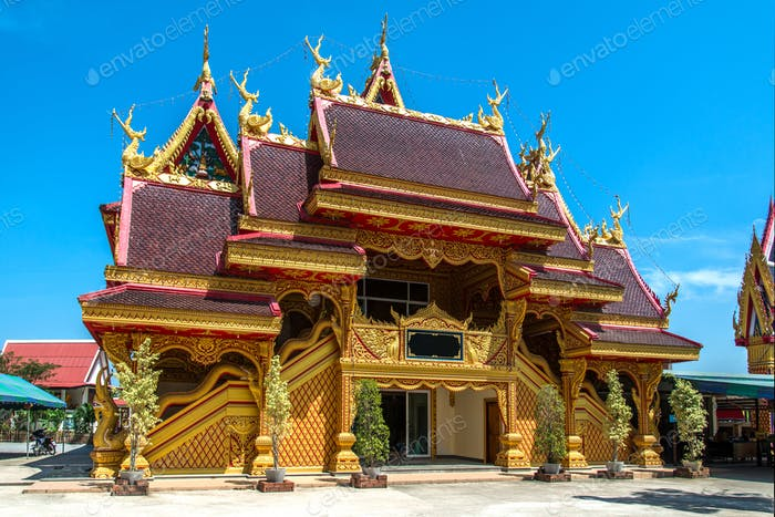 Thai Buddhist Temple Golden Entrance