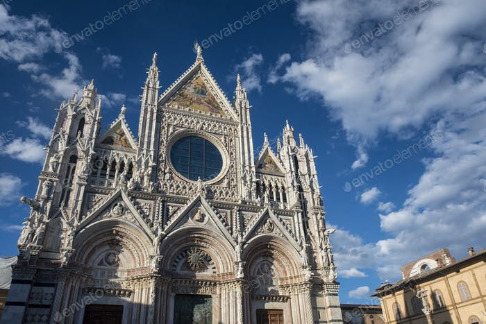 Siena, Italy: historic buildings, the cathedral (Duomo)