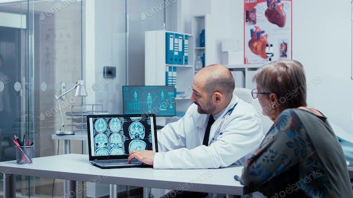 Über Gehirnscans sprechen