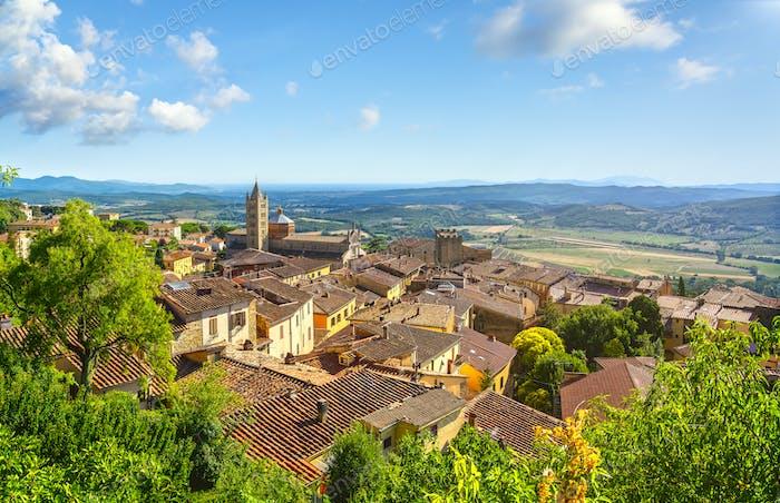 Massa Marittima and San Cerbone Duomo cathedral, Tuscany, Italy.
